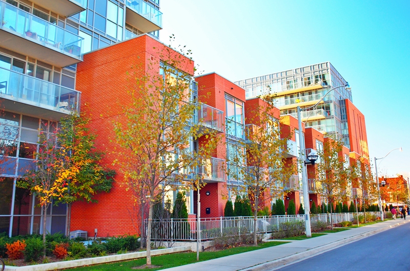 One-Cole-Townhomes-5-to-21-Cole-St-Regent-Park-Toronto-001